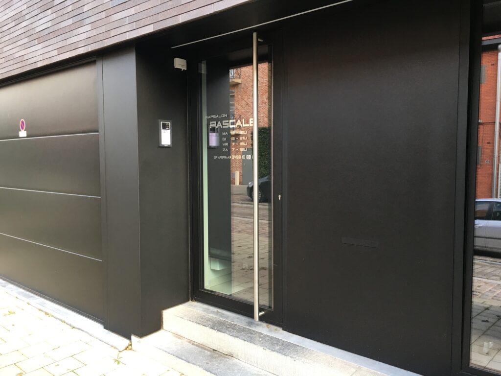 Aluminium voordeur zwart